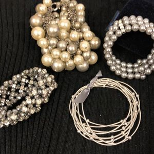Jewelry - Four silver and pearl bracelets